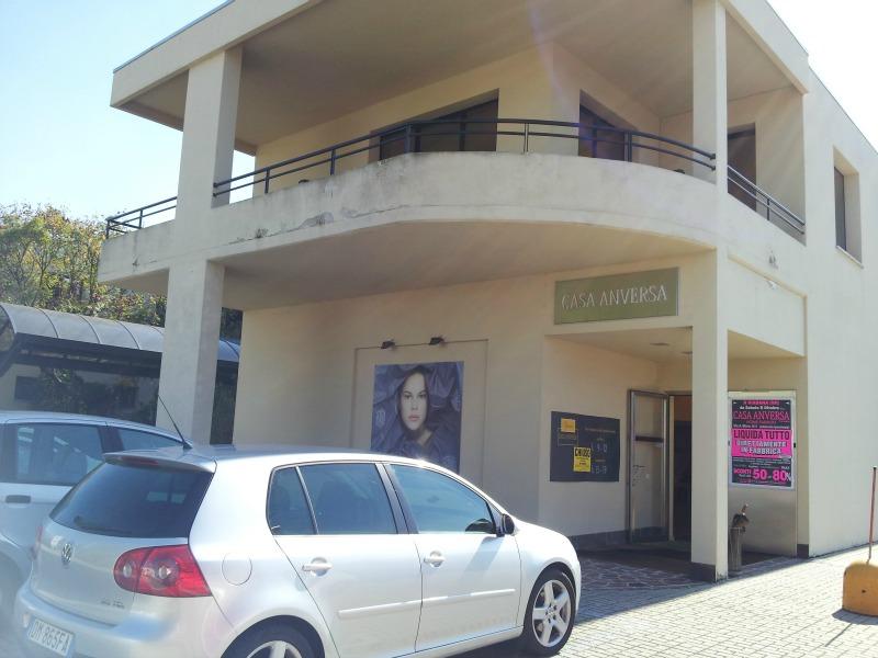 Liquidazione per rinnovo locali casa anversa a mantova - Casa anversa biancheria ...
